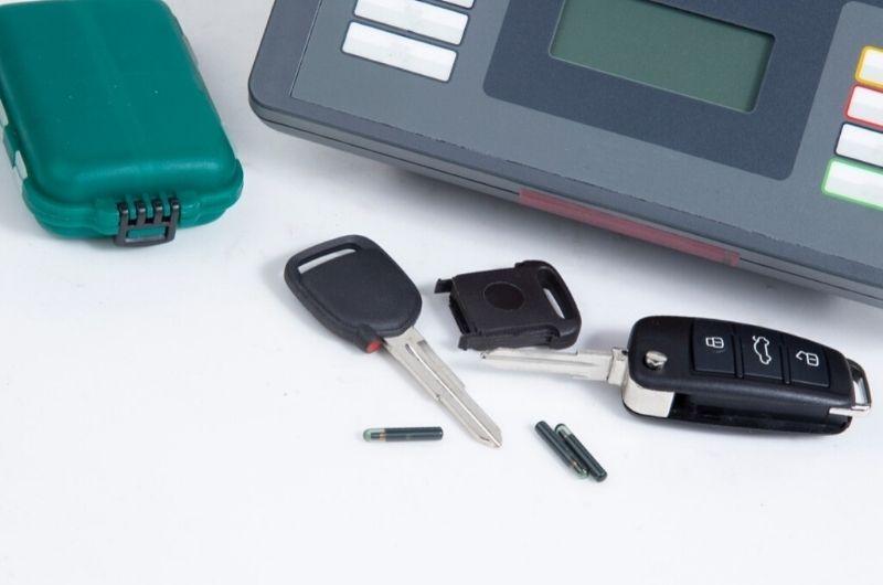 שחזור מפתחות לרכב גבי המנעולן מנעולן בנתניה